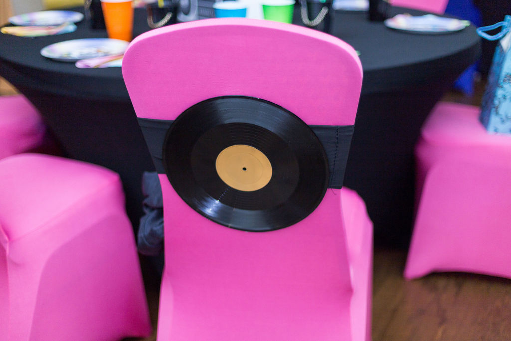 90s party music chair decorations